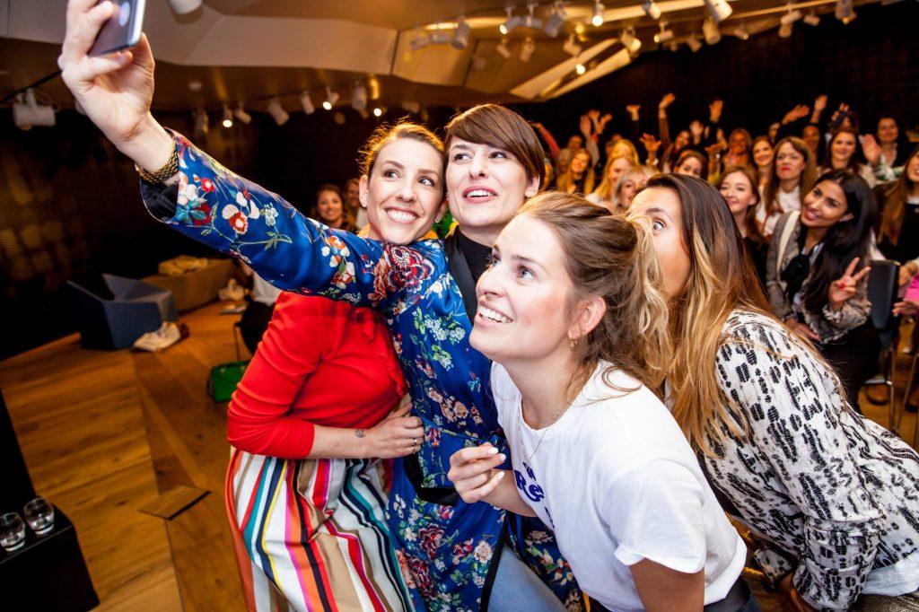 Sessions van deze vier inspirerende vrouwen! Wat een top dag! En ik word gelukkig een keer niet raar aangekeken als ik de hele dag selfies loop te maken #gelijkgestemden