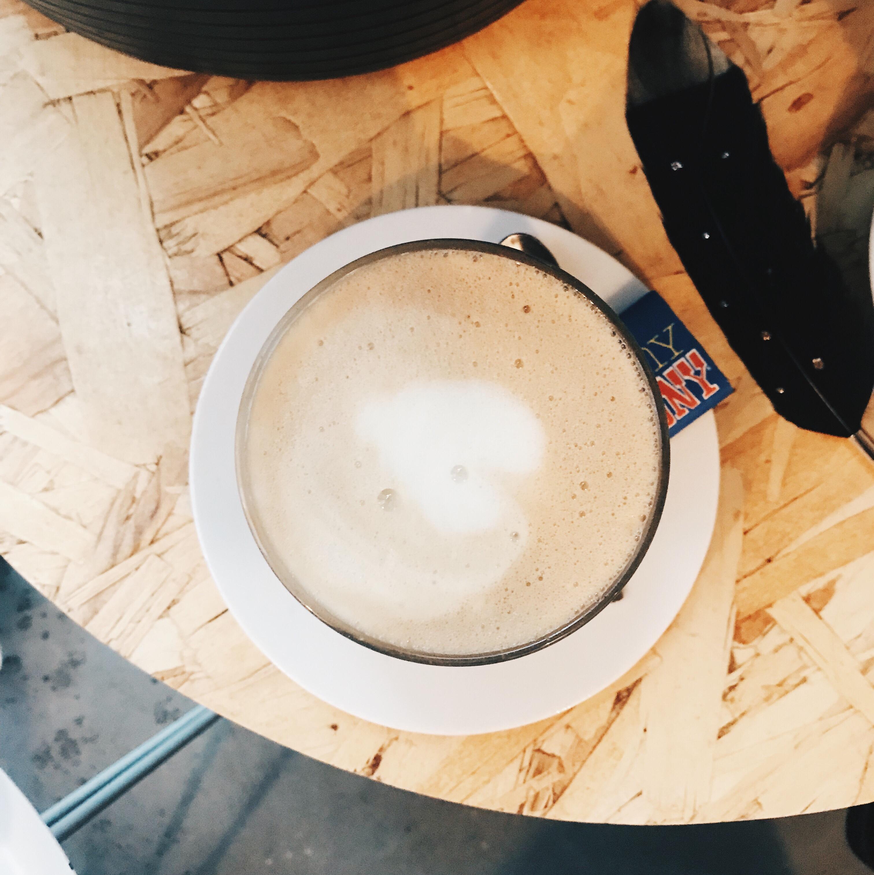 schuilen en koffie drinken bij Onder de Leidingstraat op StrijpS